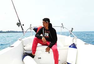 Zacky Zimah di Laut