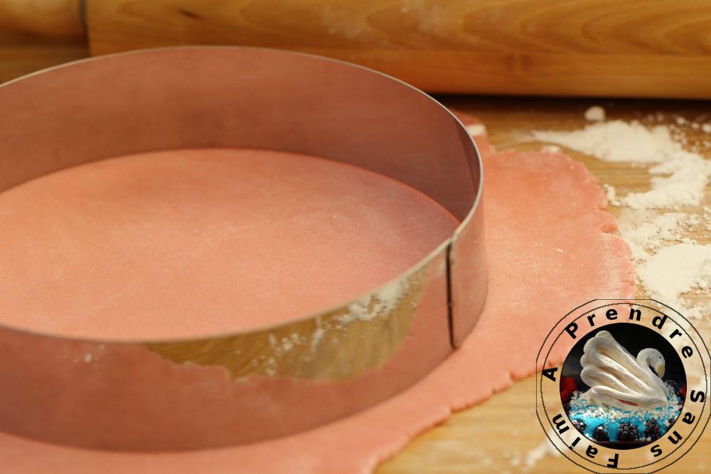 Comment faire un disque à entremet en pâte d'amandes (pas à pas en photos)?