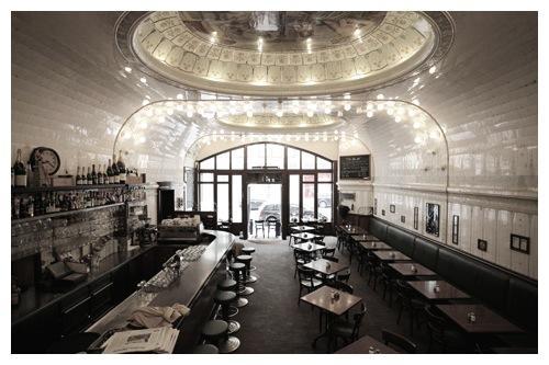 Lotta Agaton: Café Paris