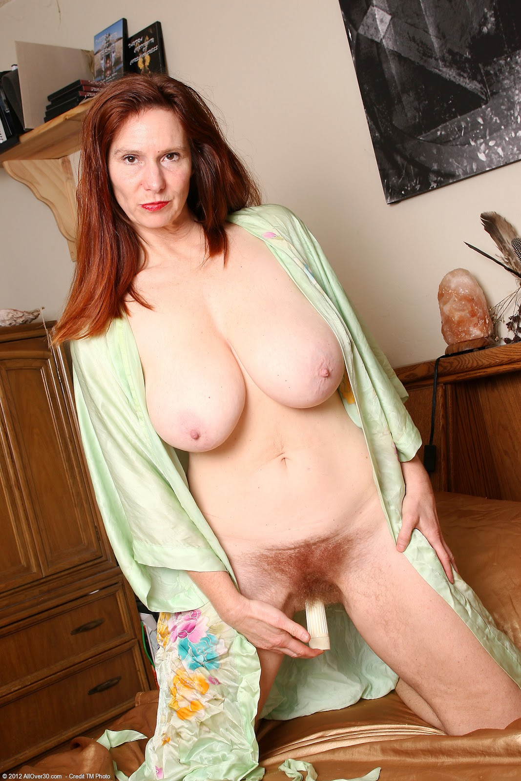 Middle aged indian women in nude