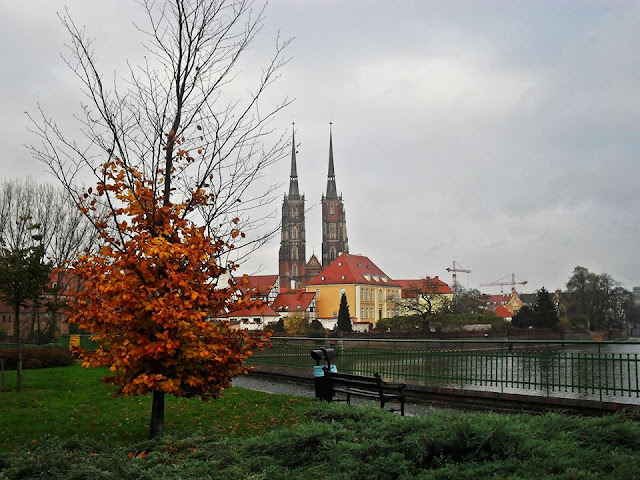 Wroclaw cathedral viewed from the island, in autumn