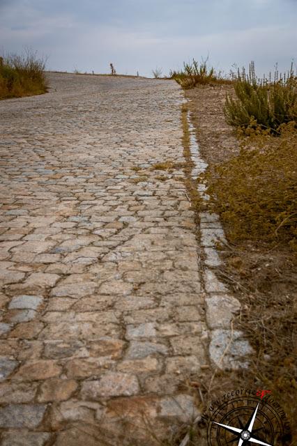 tramo empedrado N-III Belinchón