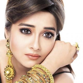 Pemeran Uttaran Tina Dutta