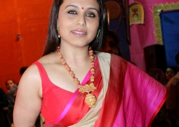 Rani mukherjee hot transparent saree here
