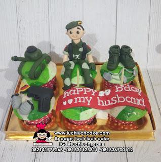Cupcake Untuk Suami Tema Tentara