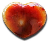 Kalp şeklinde akik taşı