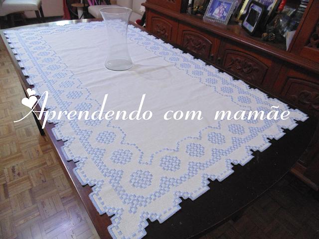 Hardanger, toalha de mesa em hardanger, editora Minuano, Ivanir De Angelis Scurato, hardanger, Coleção trabalhos em Hardanger, Ponto reto, bordado hardanger