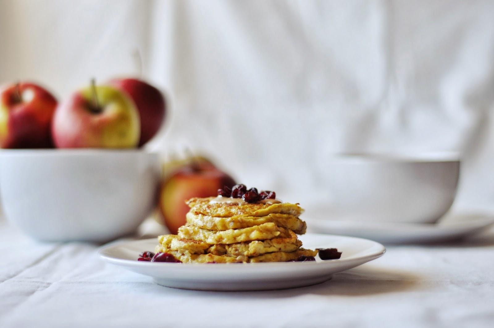 Lekkie jabłkowo-owsiane pancakes