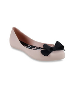 Tata Cliq Offer Get upto 75% off on Monsoon Women's  Footwear