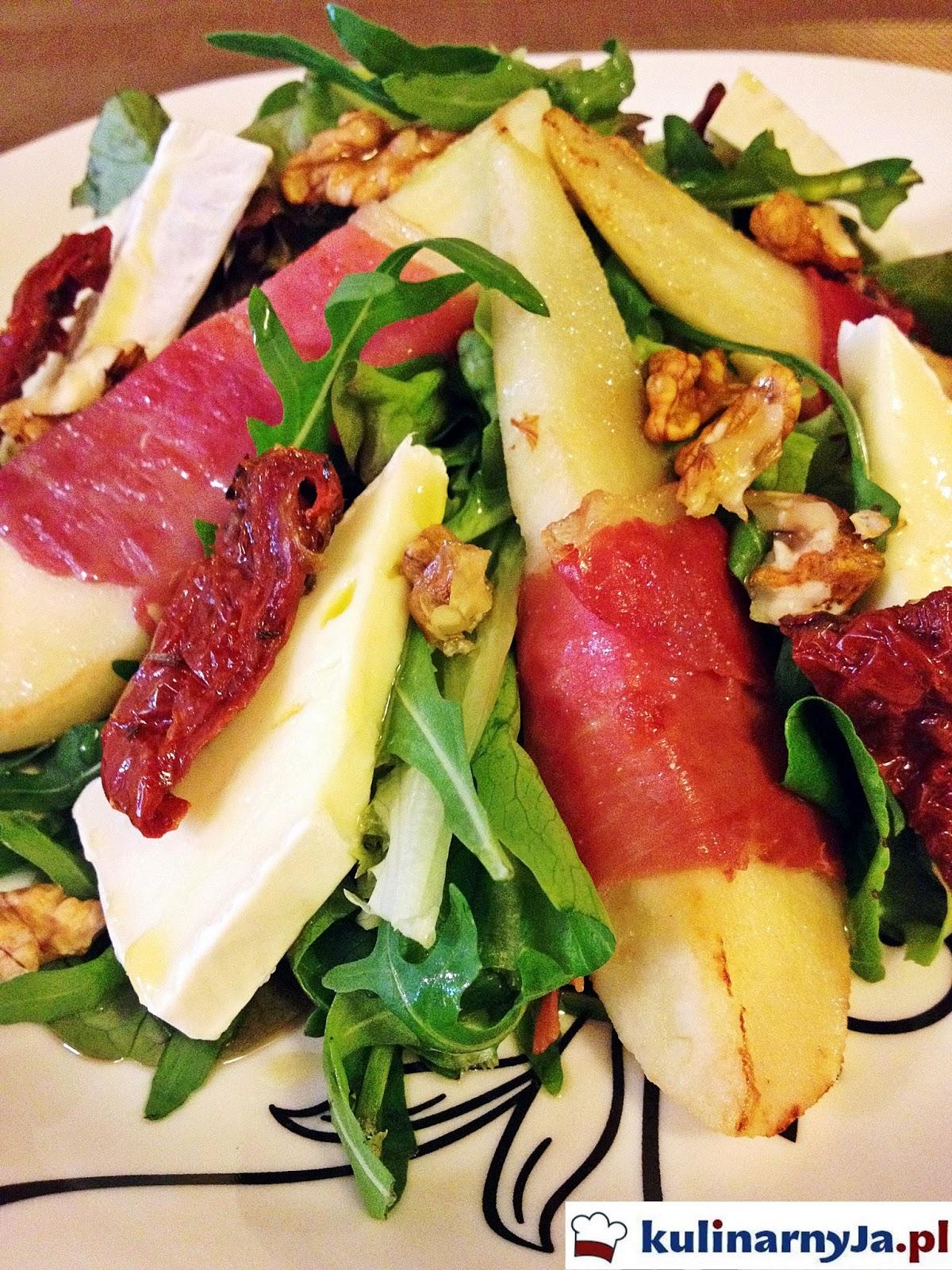 Sałatka z gruszką, prosciutto i oliwą truflową