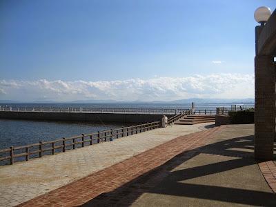 大黒屋光太夫石碑前の海釣り公園