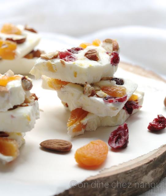 Healthy  frozen bark , en cas équilibré , barres au yaourt à la grecque , energie , santé ,