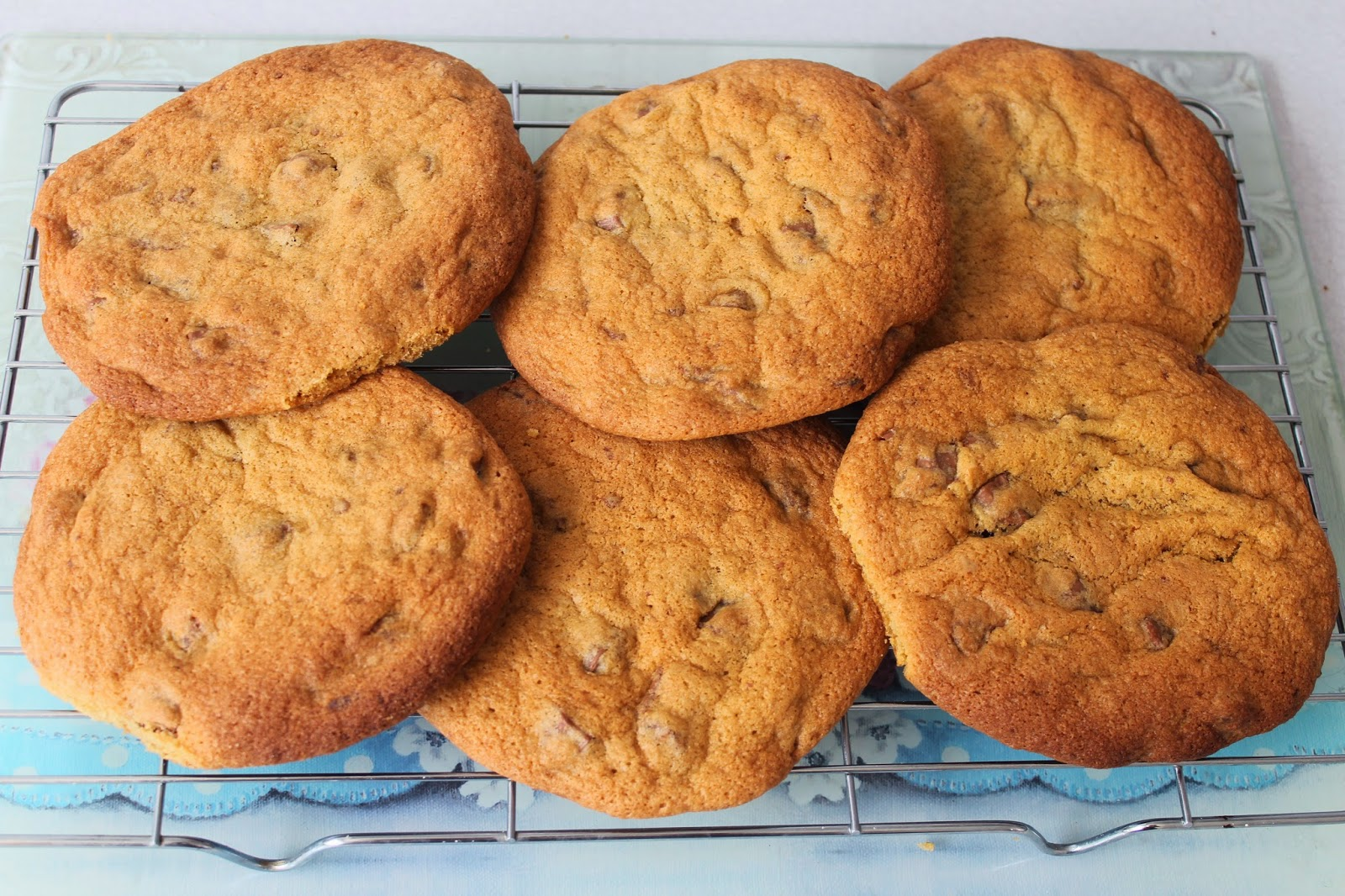 chocolate chip chunk cookies recipe cooking baking gbbo
