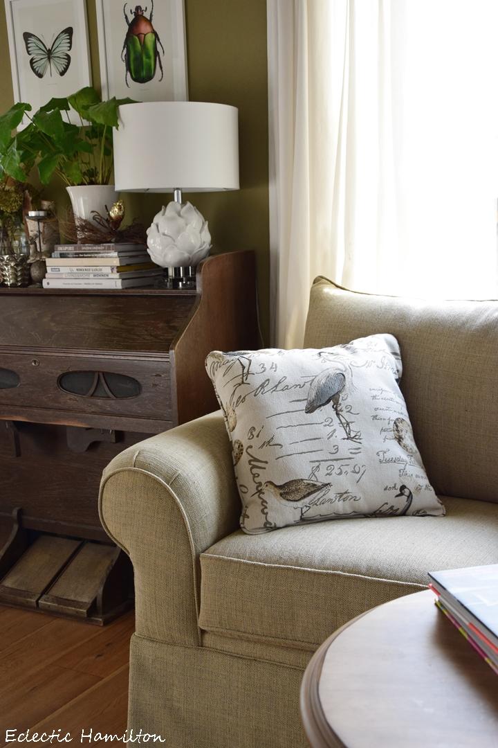 Grune Erde Sofa Wohn Design