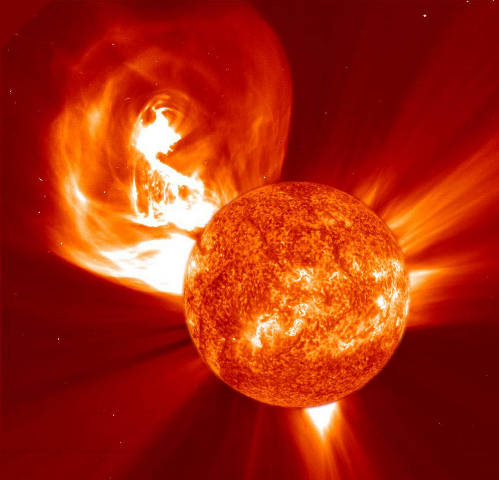 NASA UPGRADES 2012 SOLAR STORM WARNING - THE REAL SIGNS OF ...