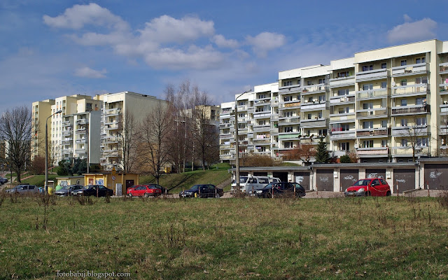 http://fotobabij.blogspot.com/2016/03/puawy-gorna-niwa-ul-saperow-kaniowskich_54.html