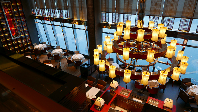 Euriental | fashion & luxury travel | Ritz Carlton, Hong Kong, Tin Lung Heen restaurant