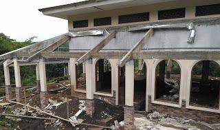 pemugaran dan pembangunan masjid