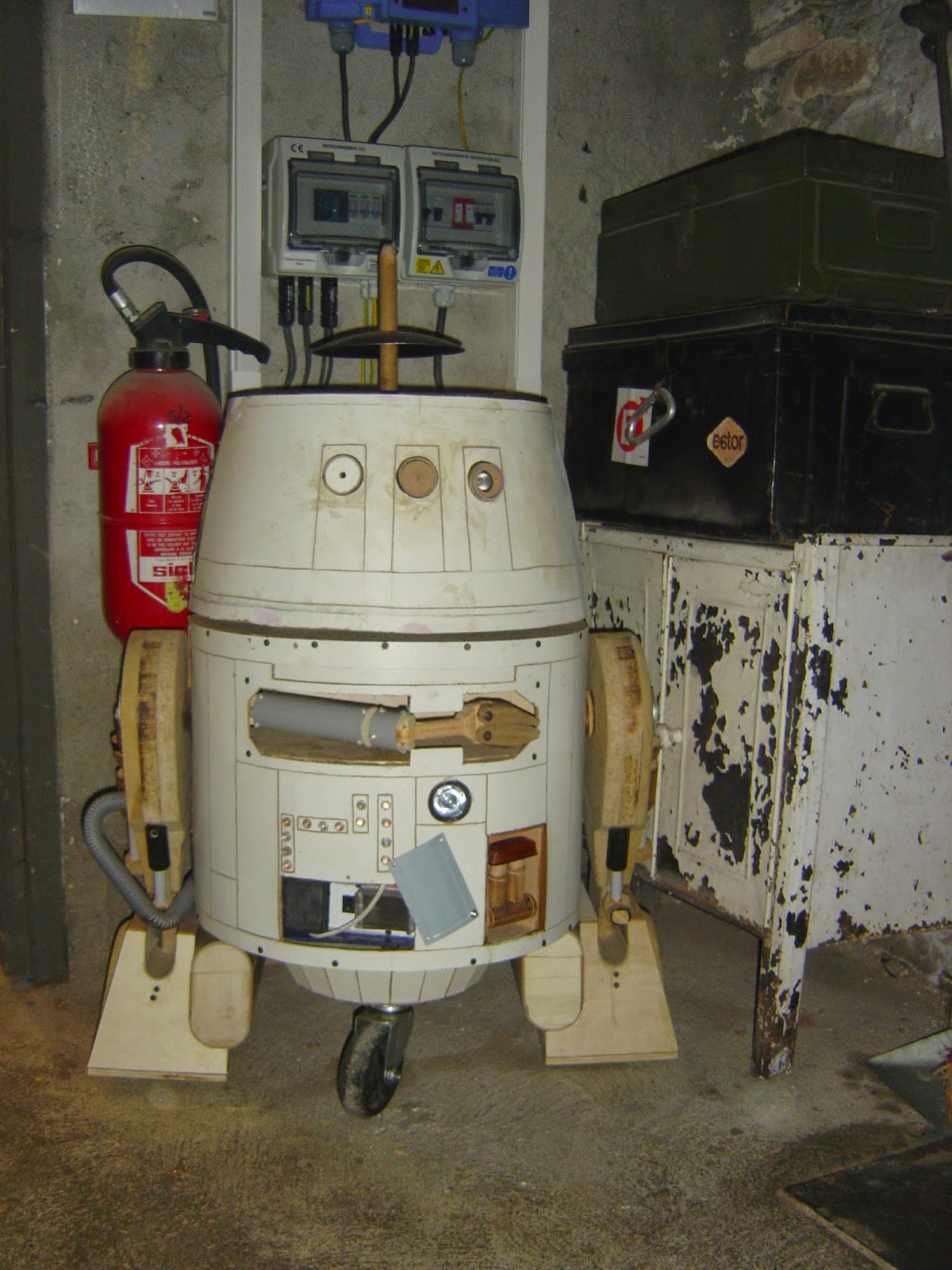 star wars droid chopper