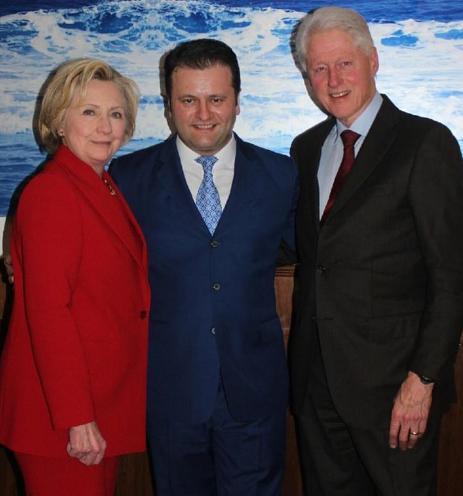Alban Benjamin Prelvukaj, Bill and Hillary Clinton