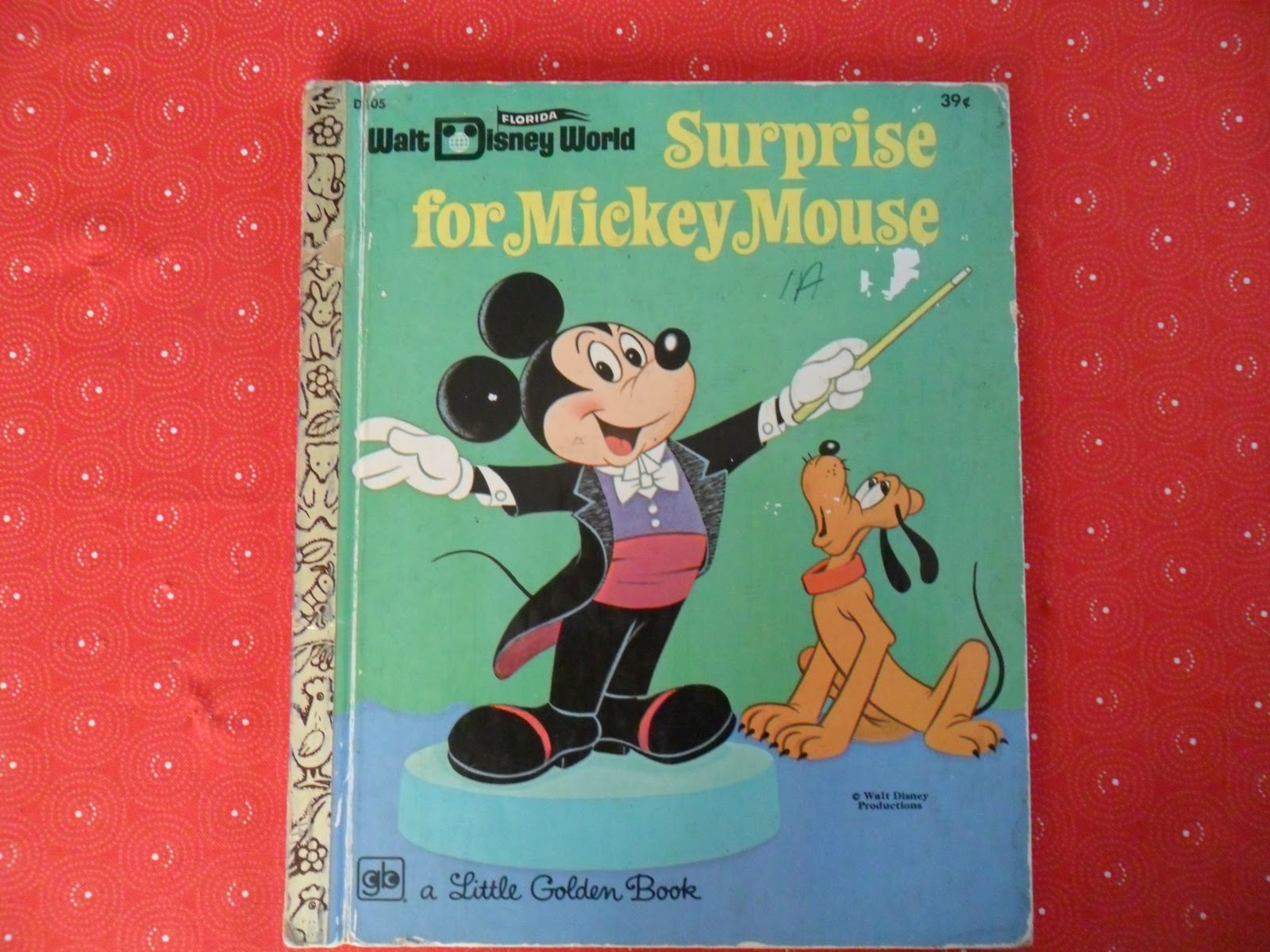 Surprise For Mickey Mouse