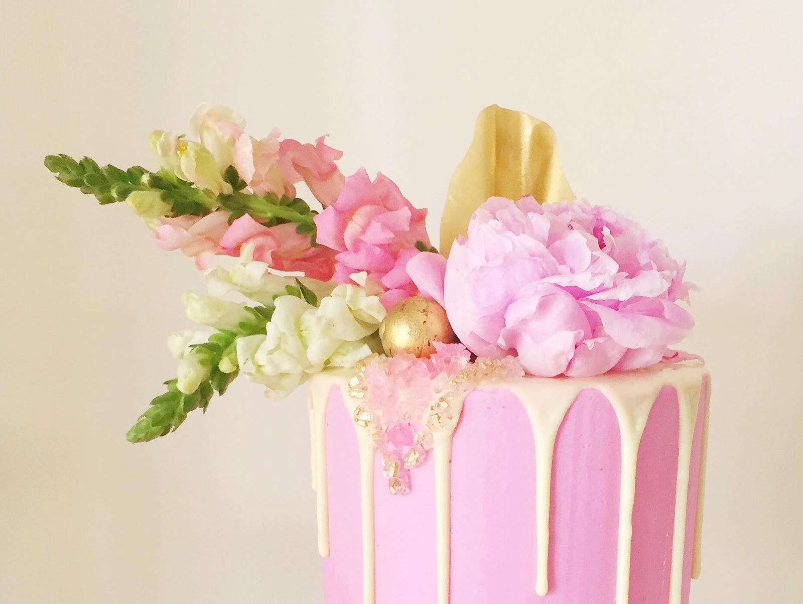 BRISBANE BESPOKE WEDDING CAKES INTERVIEW