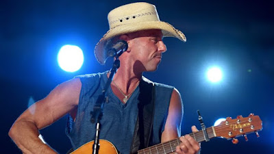 http://www.rollingstone.com/music/news/kenny-chesney-supersizes-2016-tour-with-miranda-lambert-20150915