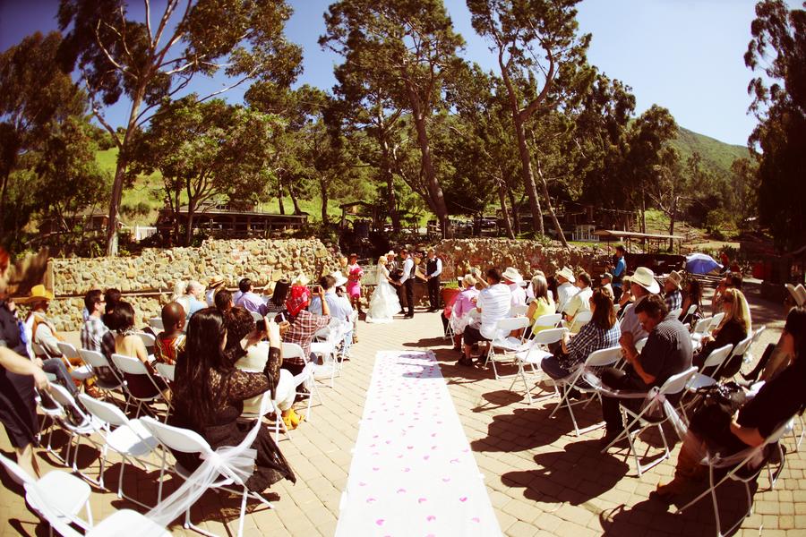 Savvy Deets Bridal: {Real Weddings} Melissa & Tony's