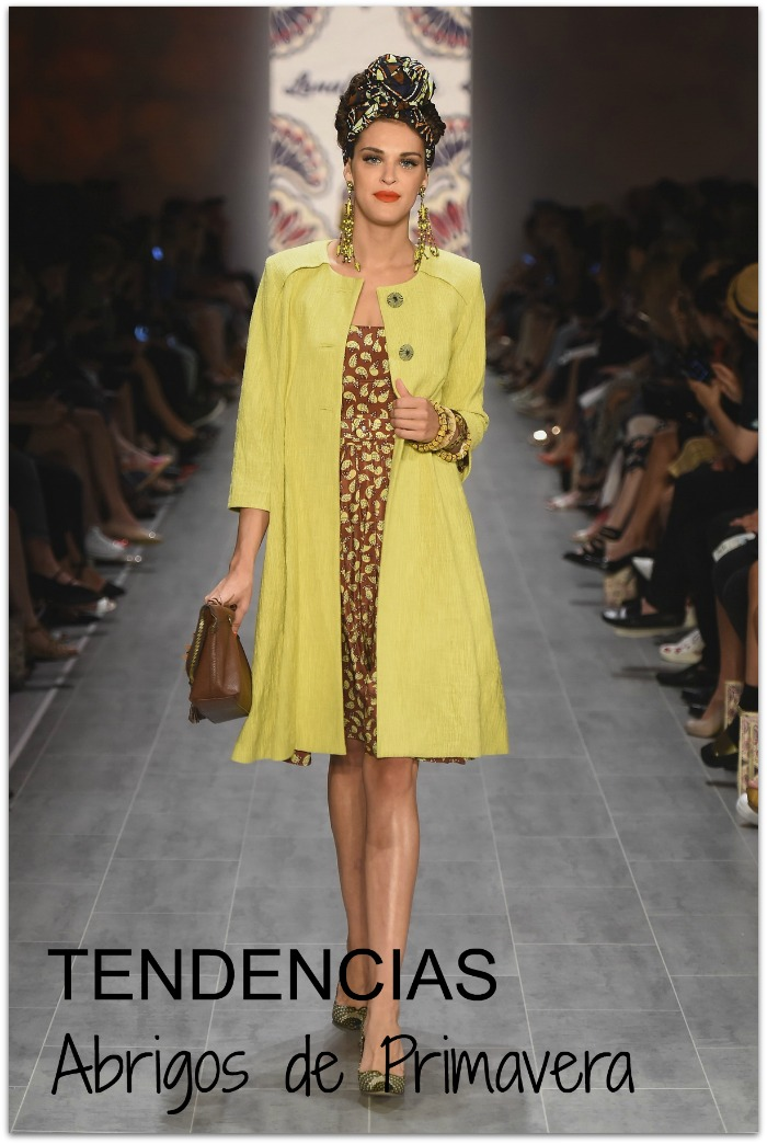 http://wardrobelooks.com/wp-content/uploads/2014/12/Swingy-1960s-Mod-Coats-To-Wear-This-Spring-Summer-2015-9.jpg
