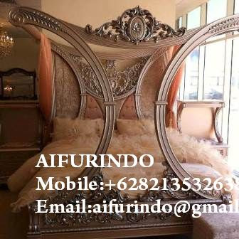 Classic furniture Indonesia,Antique Furniture Indonesia,French Furniture Indonesia,Classic painted furniture Jepara code A324