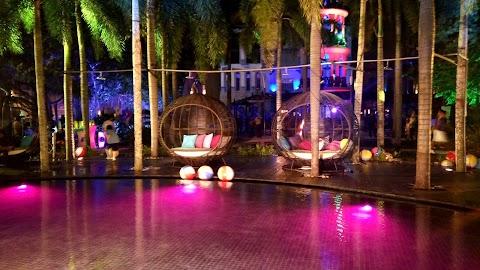 Shimmer Infinity Pool Tarikan Terbaru di Pullman Putrajaya Lakeside