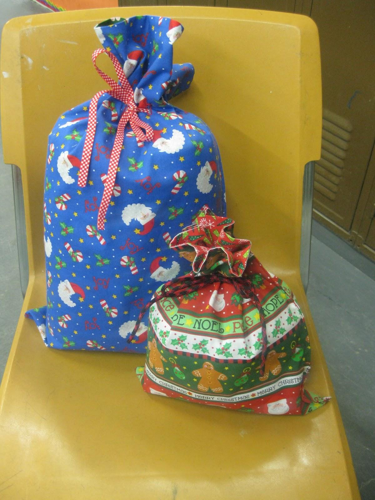 Sewing Steph Reversible Reusable Gift Bag Tutorial