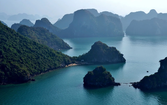 Luxury Christmas holiday to Vietnam