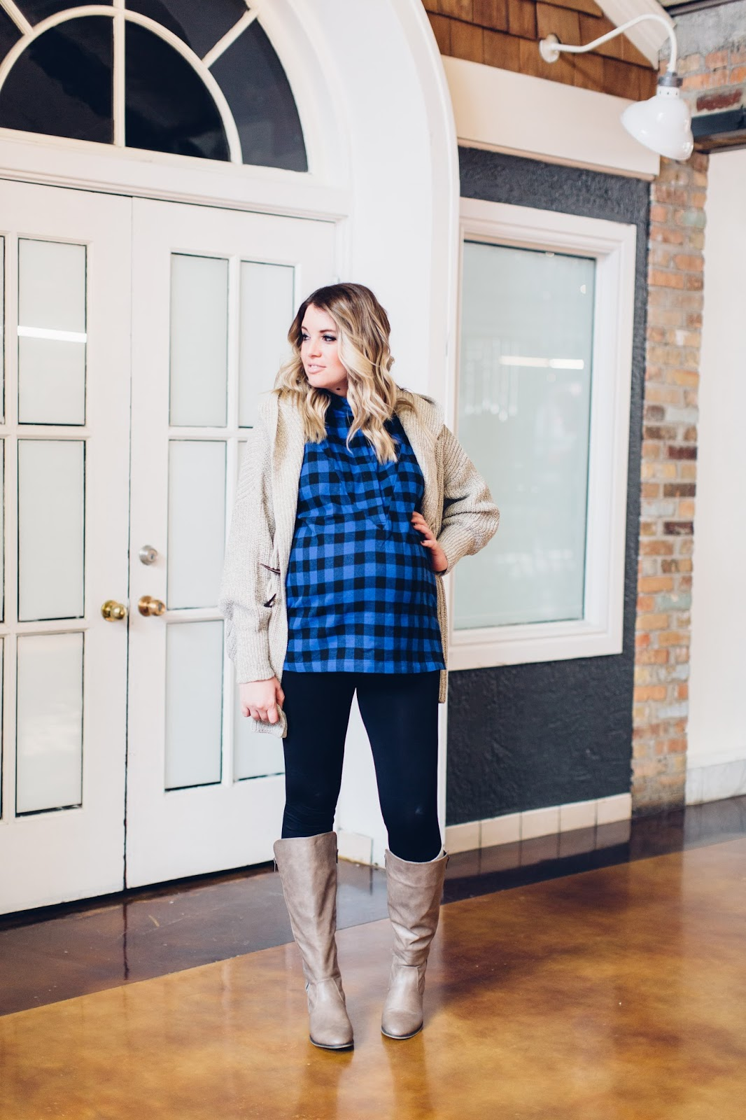 Utah Fashion Blogger, Plaid Shirt, Pink Blush, Maternity