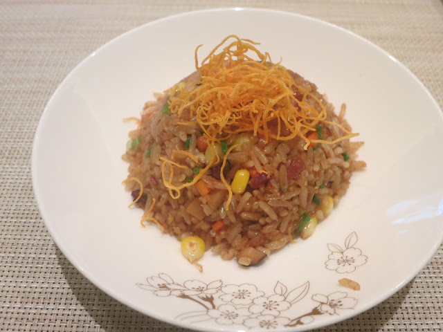 Five grain fried rice with Cantonese pork sausage and vegetables