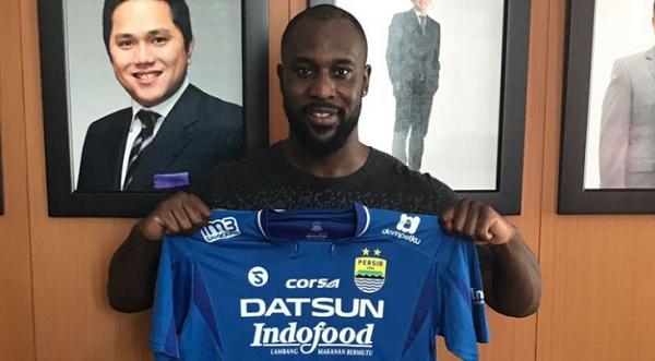 Persib Bandung Depak Carlton Cole!