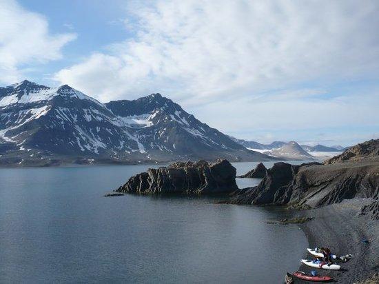 longyearbyen, yahan koi nhi marta