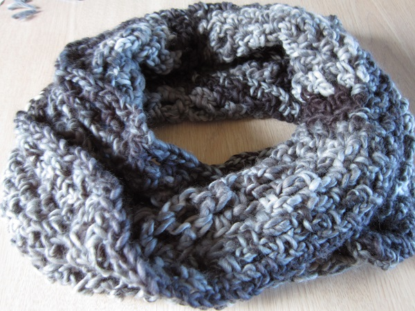 cowl, crochet, yarn, chunky, Loops & Threads, Facets
