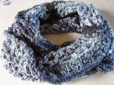 cowl, crochet, yarn, chunky, Loops & Threads, Facets