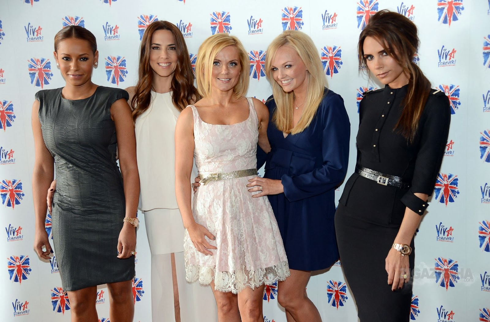 Above the girls at the Viva forever musical premiere I think Mel C (sporty spice) looks really pretty  sc 1 st  paper lantern & paper lantern: The Spice Girls