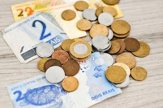 Como começar a economizar dinheiro do jeito certo?