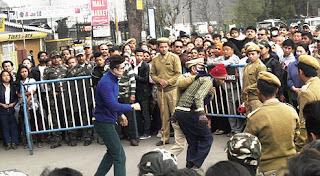 Ranbir Kapoor shooting Jagga Jasoos in Darjeeling chowrastha