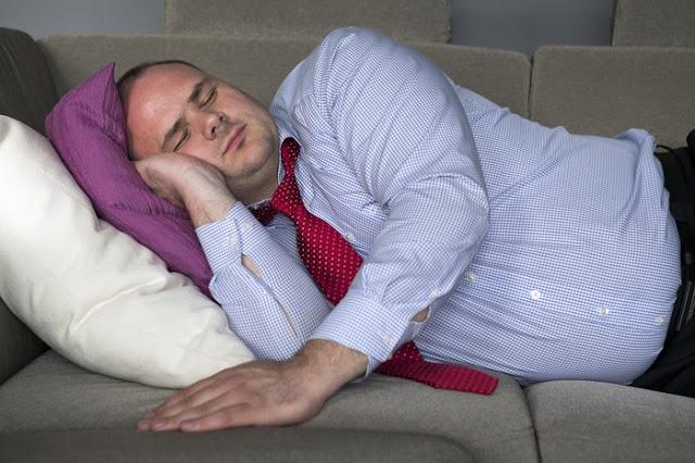 Katanya Tidur Siang Bikin Gemuk, Perhatikan Faktanya