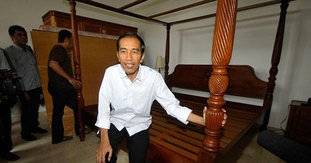 Kata Jokowi: Uang Kita yang di Bawah Kasur Masih Banyak Sekali : kabar Terupdate Hari Ini