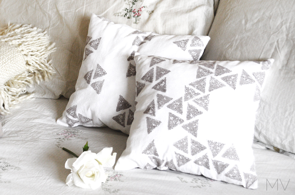 HANDMADE DECORATIVE PILLOWS MVblog