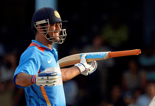 Indian cricket player Mahendra Singh Dhoni cute wallpaper