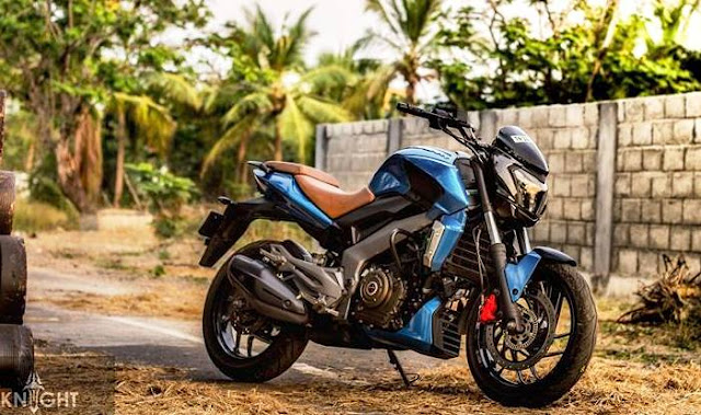 GST effect on bikes: Discounts on Bajaj V15, Discover, Pulsar upto INR 4500; Dominar 400 price unchanged