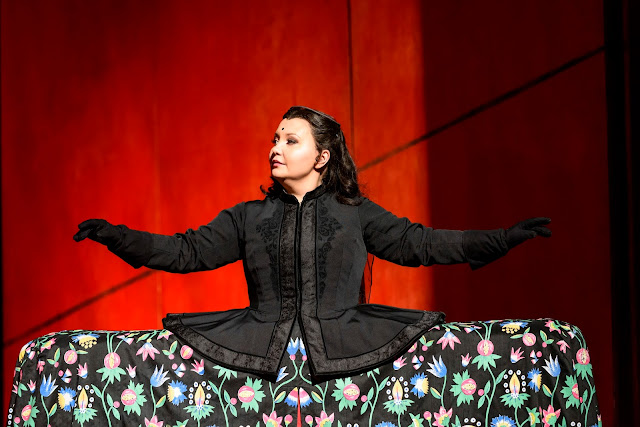 Albina Shagimuratova as Aspasia - Mozart: Mitridate Re di Ponto - Royal Opera House (Photo (c) ROH, Bill Cooper)