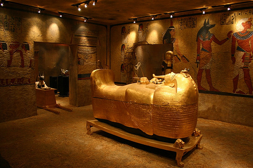 The Curse Of King Tuts Tomb Torrent: Historical Photos: King Tutankhamun