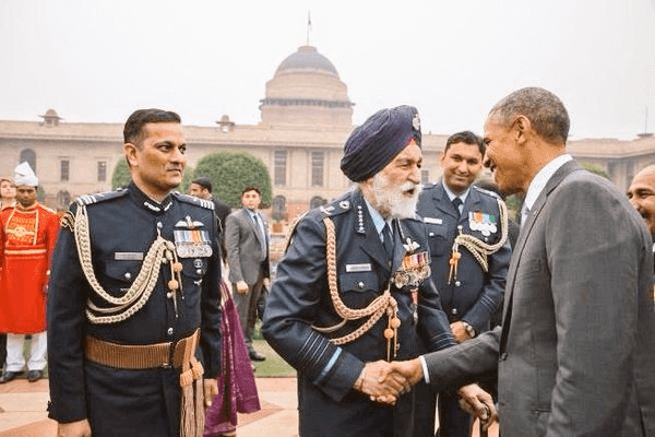 Indian Air Force Marshal Arjan Singh With American President Obama HD Photo Image Wallpaper